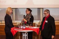 Manuela Schwesig und Elke Hannack im Gespräch